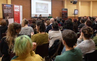 Conferència d'Ana Palacios. Foto: Ricard Novella